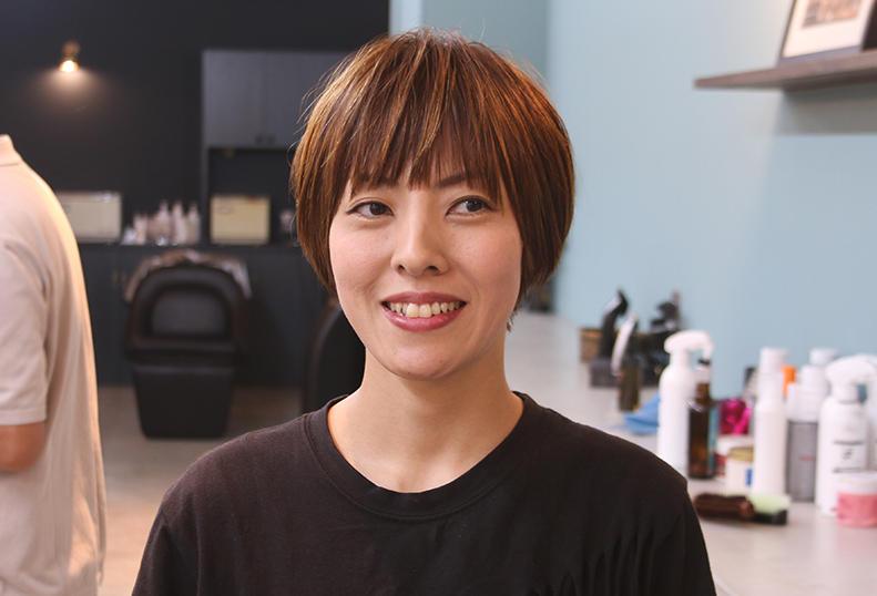 桐 知子Tomoko Kiri